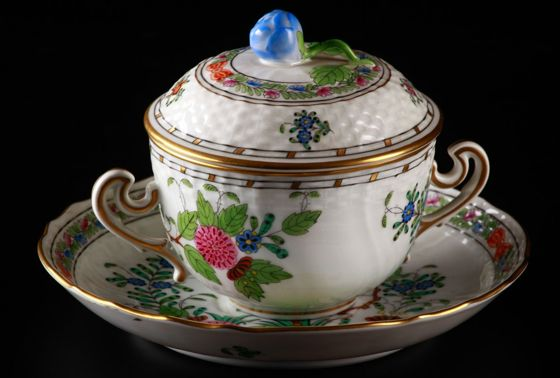 Spring Auction 2015 - Live Auction — Porcelain