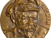 Lenin v