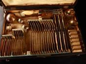 Silver cutlery with box