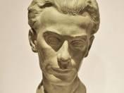 Bust of Radnóti