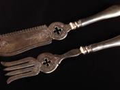 Pest Silver Fish Serving Knife & Fork