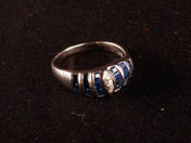 Gold Ring with Sapphires and Dimamond