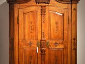 Puncture Baroque cabinet