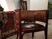 Thonet horseshoe chair